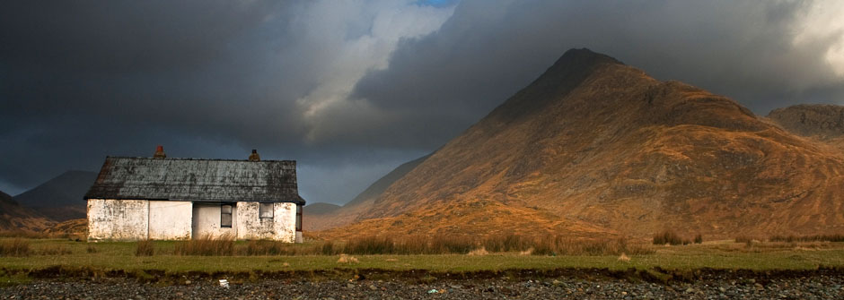 Beach bothy, camasunary estuary, skye