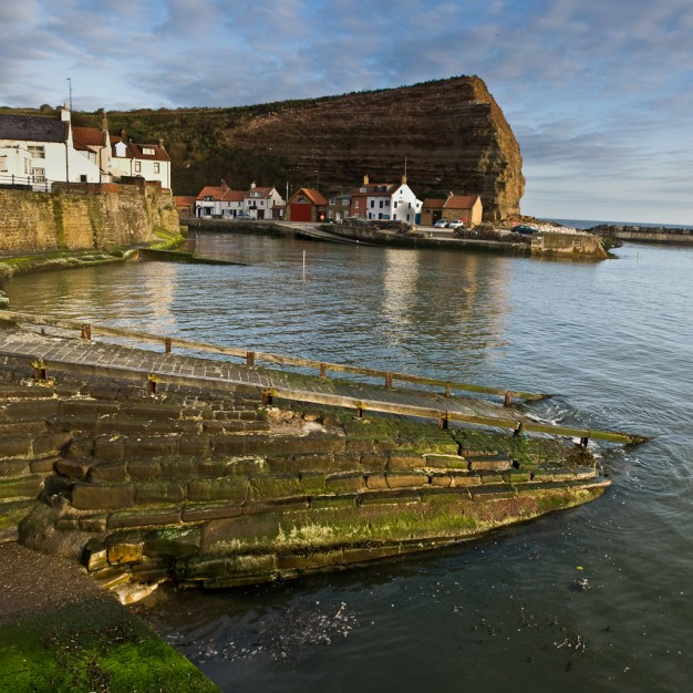 staithes cowbar and harbour, north yorkshire